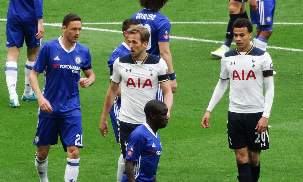 2017-18 Fantasy Premier League Week 33 Transfers